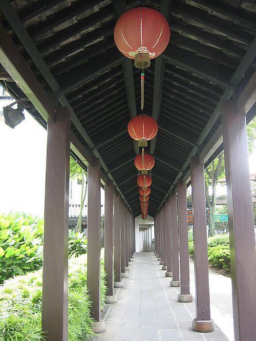 Chinatown walkway1-1